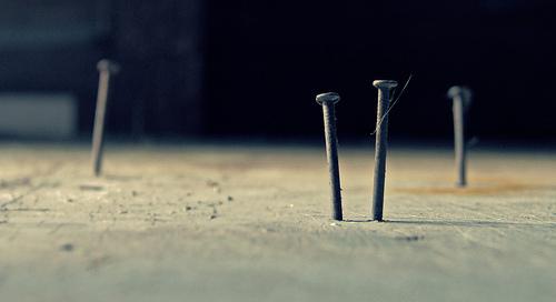 nail hammer photo